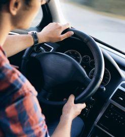 Dobra wypożyczalnia samochodów – czym się charakteryzuje?